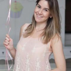 Blogueira comemora gravidez