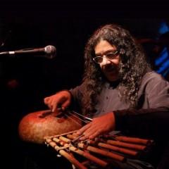 Aula-espetáculo sobre a cultura nordestina com Antúlio Madureira