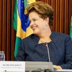 Organizadores do Eu acho é pouco organizam desfile em prol da candidatura de Dilma