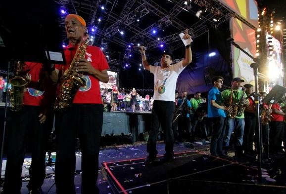 Maestro Spok e Clube Bola de Ouro serão os homenageados do Carnaval 2015
