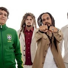 Ponto de Equilíbrio presta homenagem a Bob Marley em show no Recife