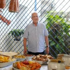 Jarbas Vasconcelos faz tradicional cozido para comemorar idade nova