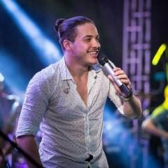 Wesley Safadão comanda camarote Privilege no Galo da Madrugada