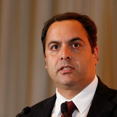 Paulo Câmara voltou para acompanhar ações contra assaltantes