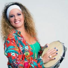 Gerlane Lops e Kelvis Duran se apresentam no projeto Recife Samba de PE