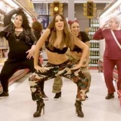 """Celebridades dançam em ritmo de """"Paradinha"""" de Anitta em campanha"""
