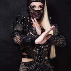 Michelle Melo lança turnê inspirada em Guerreiras Ninjas