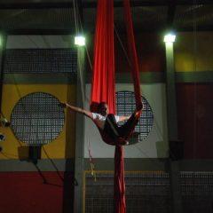 Integrantes da Escola Pernambucana de Circo embarcam para a Suíça