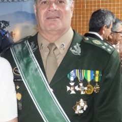 Medalha para o Comandante Militar do Nordeste