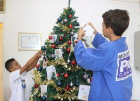 Pró-Criança disponibiliza 800 cartinhas na campanha Anjos de Natal