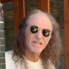 Alceu Valença lança segundo álbum do projeto voz e violão