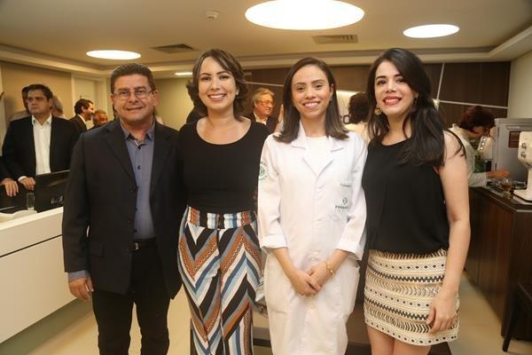 Eduardo,Nataniele, Alessandra Campos e Juliana