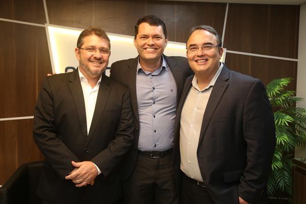Rafael Vita, Diretor Regional Oncologia D'Or, Helio Calábria e Rodrigo Lima, Diretor Executivo Oncologia D'Or