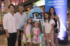 Ernesto e Paula Margolis comemoraram em família o lançamento do aplicativo Mundo Game Station