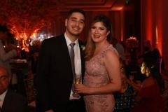 Tarcísio de Albuquerque (irmão da noiva) e Maryanna Oliveira