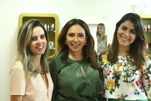 Evellyne Maia, Paula Correia e Milka Elys. Crédito: Peu Ricardo/DP
