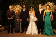 Os pais do noivo Saul Fonseca Neto e Veronica Fonseca, Saul Fonseca, Luiza Costa e os pais da noiva Fluvio Melo e Luci Melo.