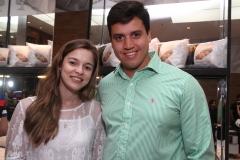 Rafaella de Paula e Roberto Lins