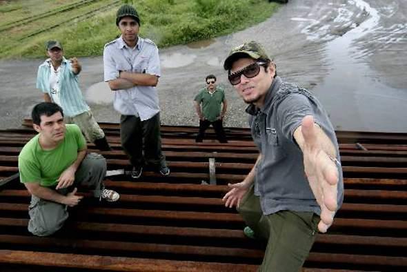 Mundo Livre S/A // Foto: Luciana Ourique /Divulgação