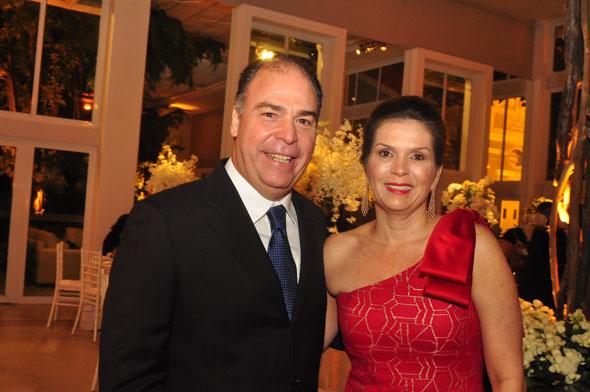 Fernando Bezerra Coelho e Adriana Brennand// Crédito: Nando Chiappetta/DP/D.A Press