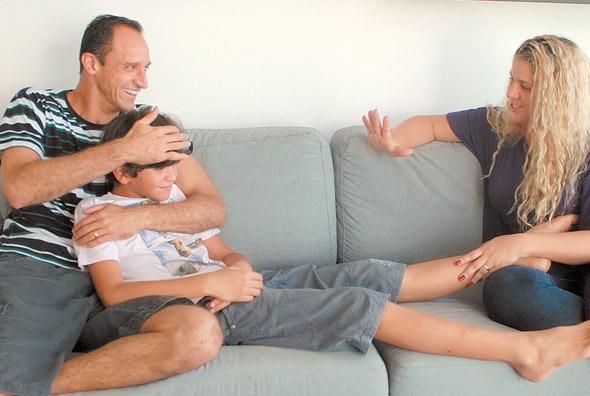 Magrão com a mulher e um dos filhos  - Foto: Diario de Pernambuco