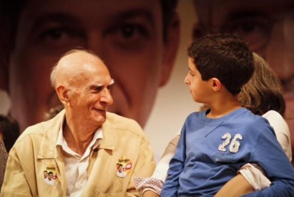 Ariano Suassuna e José, filho de Eduardo Campos - Crédito: Andrea Rego Barros/Divulgação