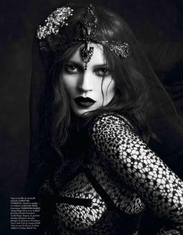 """Crédito: Reprodução Vogue Fr """"Le Noir"""""""