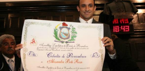 Magrão recebe título de cidadão pernambucano - Crédito: Alepe/Divulgação
