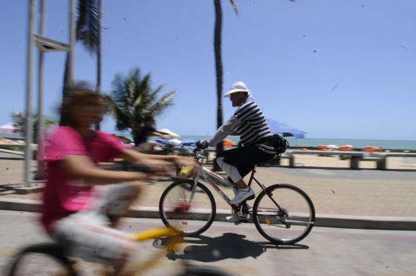 Ciclofaixa móvel vai funcionar nos domingos e feriados. Crédito: Alcione Ferreira / DP / D.A Press