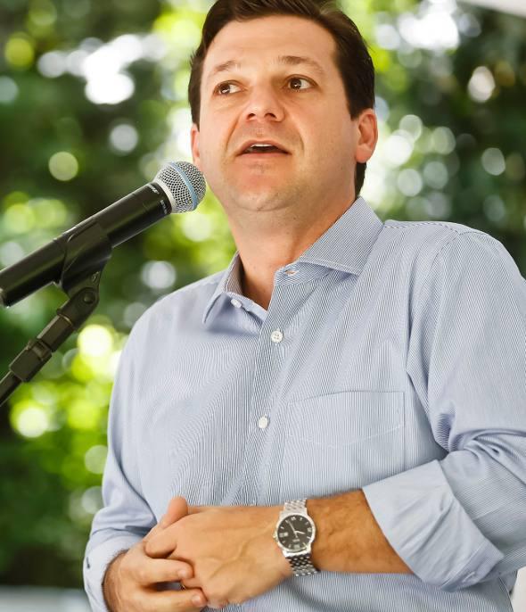 Geraldo Julio/Andrea Rego Barros
