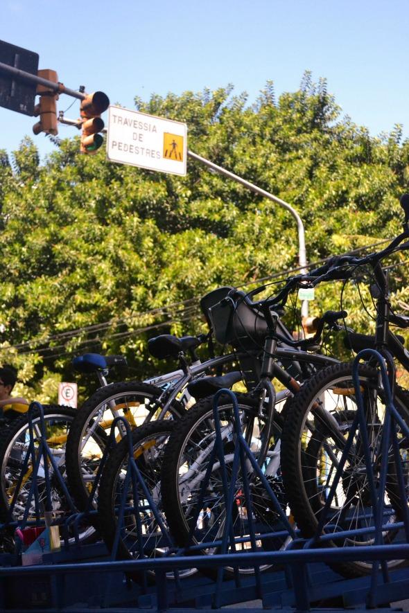 Bicicletas para aluguel na Estação Jaqueira Crédito: Laís Siqueira/DP/D.A Press