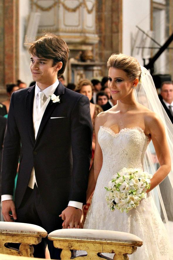 Traje do noivo, Victor Carvalheira, foi assinado por Alexandre Won - Crédito: Nando Chiappetta/DP/D.A Press