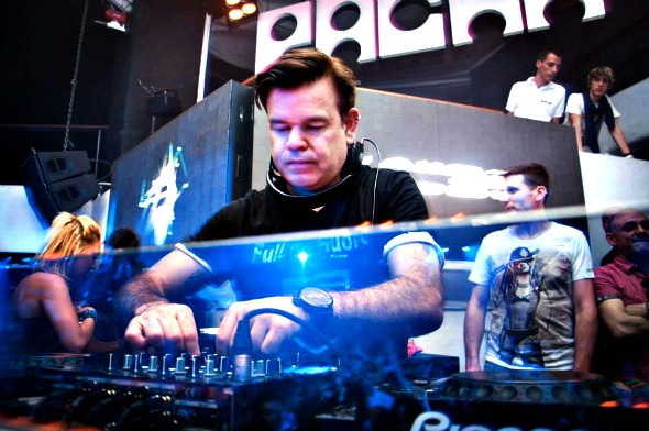 DJ Paul Oakenfold - Crédito: Divulgação/pauloakenfold.com
