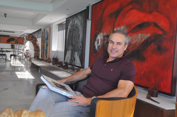 João Marinho é um dos maiores colecionadores de arte contemporânea do estado. Crédito: Bruna Montteiro / DP / D.A Press