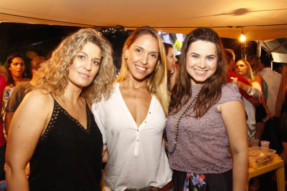 Bianca Linck, Adriana Lima e Caroline Wey. Crédito: Innovo / Divulgação
