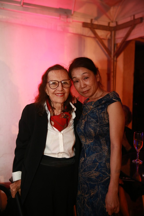 A artista franco-brasileira Marianne Peterri e a consulesa Monaé Crédito: Bernardo Dantas/DP/D.A Press