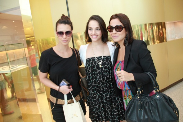 Camila Rodrigues, Cris Lemos e Juliana Knust. Crédito: Thuany Ferreira - 4 Comunicação