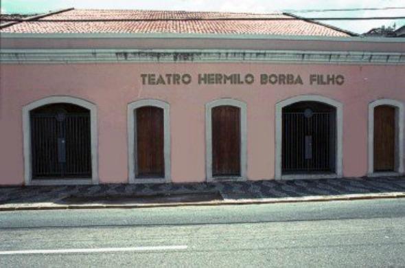 Teatro Hermilo Borba filho sediará semana dedicada ao escritor Crédito: Reprodução/recife.pe.gov.br