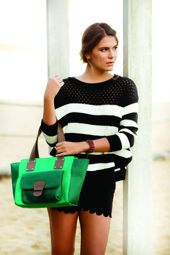 Bolsa da nova coleção Uncle K inspiradas nas cores do oceano - Foto: Divulgação