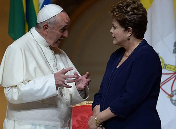 Papa Francisco e Dilma Rousseff/AFP/CB