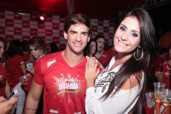 O ex-BBB Rodrigo Carvalho e a namorada  Luiz Fabiano/ Divulgação
