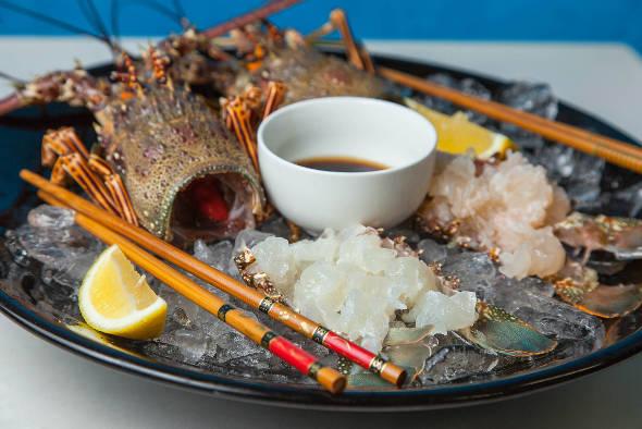 Sashimi de lagosta - Crédito: Paloma Amorim/Divulgação