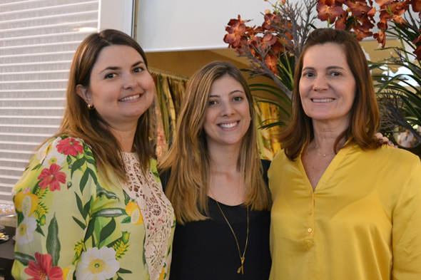 Mirella, Amanda e Márcia Dias - Crédito: Camila Gusmão/Divulgação
