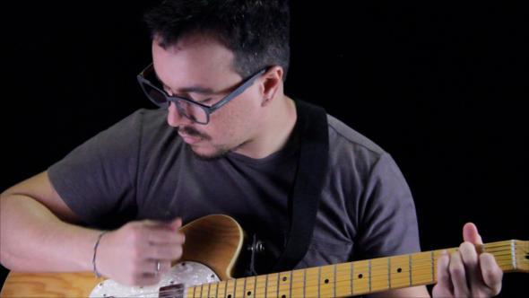 Ricardo Chacon toca com a sua InPub hoje, no Cheers. Crédito: Arquivo pessoal / Divulgação