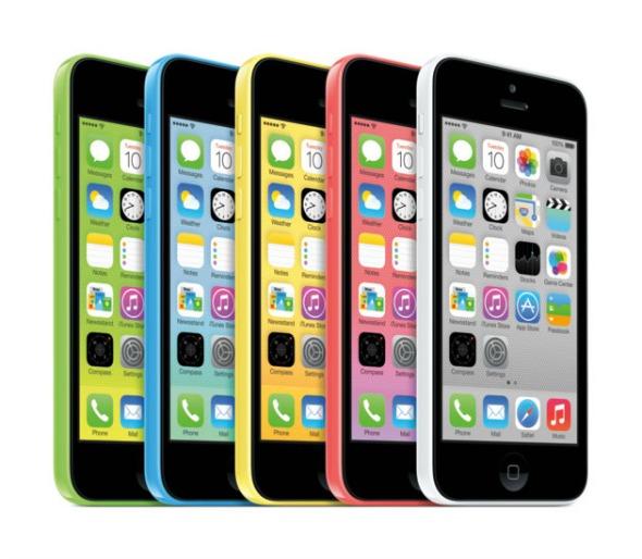 O iPhone 5C possui revestimento de plástico - Crédito: Apple / Divulgação