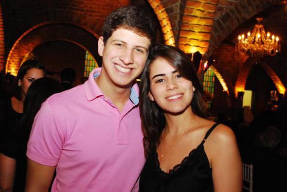 João Campos com a namorada Lara/Nando Chiappetta/DP/D.A Press