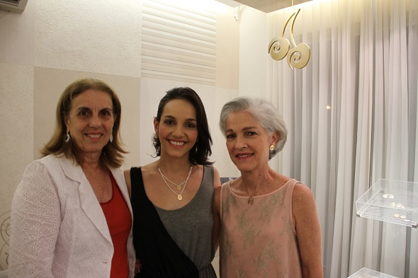 Cremilda Martins de Albuquerque, Cris Lemos -