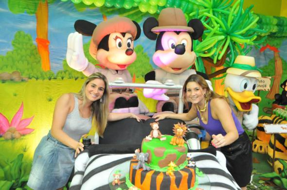 Mariana e Adriana Perylo comemoram os cinco anos da Perylampo. Crédito: Arquivo pessoal / Divulgação