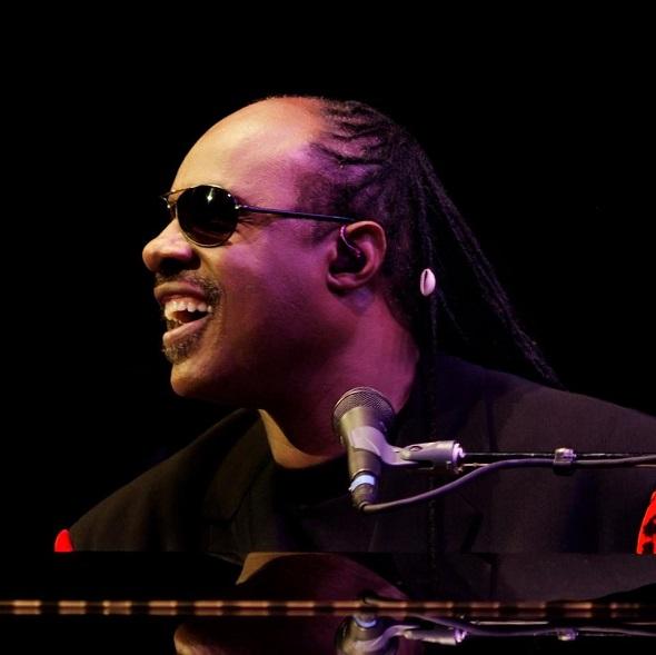 Stevie Wonder - Crédito: Reprodução Facebook