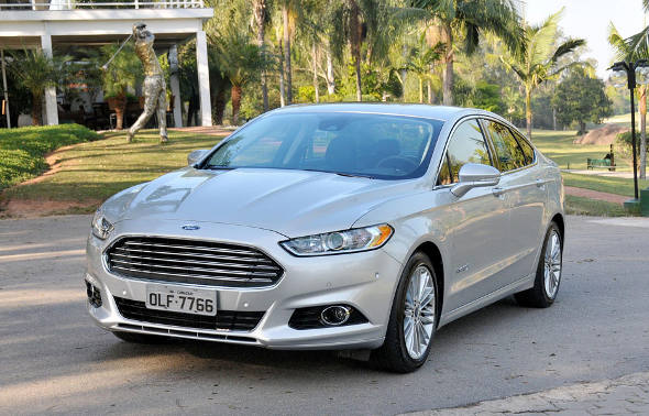 Ford Fusion Hybrid/Divulgação